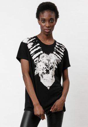 T-shirt print - washed black
