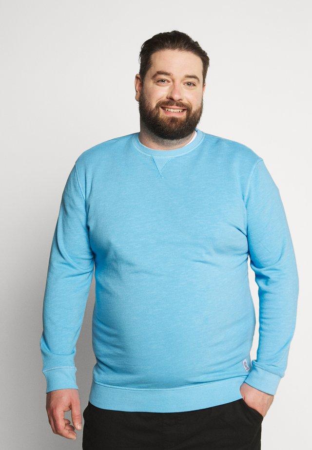 Sweater - soft cloud blue