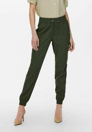 ONLKELDA EMERY PULL UP PANTS - Pantalon de survêtement - peat