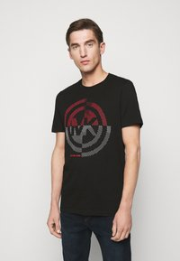 Michael Kors - TARGET TEE - T-shirt z nadrukiem - black - 0