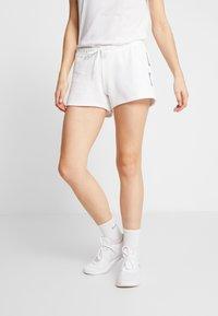 Reebok - LINEAR LOGO ELEMENTS SPORT SHORTS - Sports shorts - white - 0