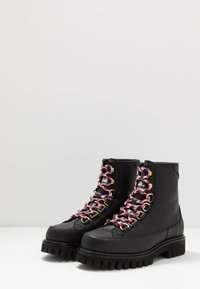 Tommy Hilfiger - FASHION MONOGRAM BOOT - Snørestøvletter - black - 2