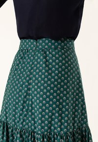 IVY & OAK - Maxi skirt - green - 5