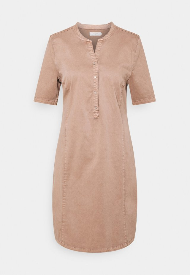 DAFINE DRESS - Shirt dress - cognac