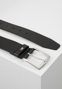 Tommy Hilfiger - NEW DENTON - Pasek - black - 2