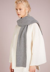 Johnstons of Elgin - RIBBED CASHMERE SCARF - Scarf - grey - 1