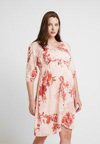 Queen Mum - DRESS 3/4 AUSTIN - Korte jurk - emberglow - 0
