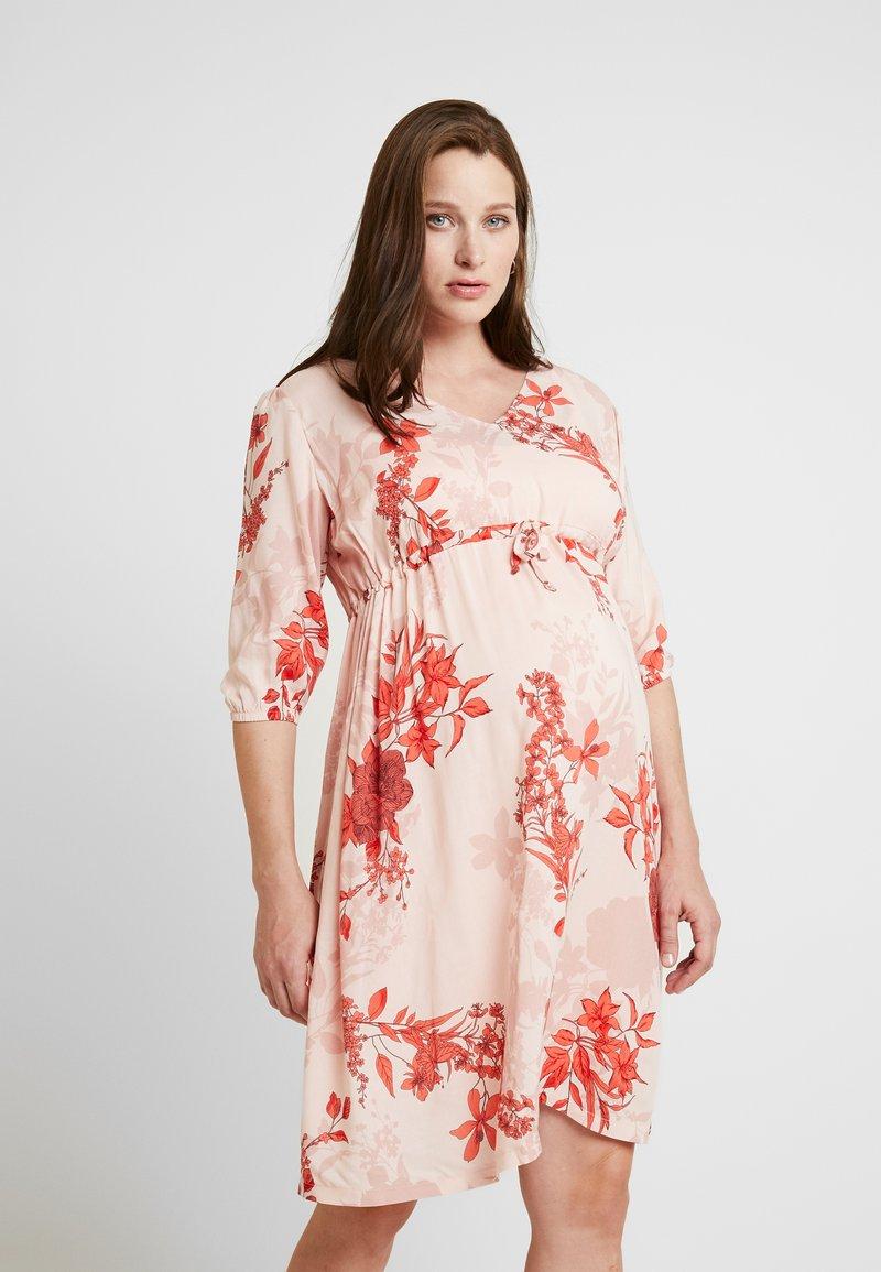Queen Mum - DRESS 3/4 AUSTIN - Korte jurk - emberglow