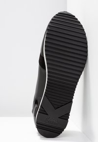 KARL LAGERFELD - VELOCITA IKONIC METEOR LACE - Sneakersy niskie - black - 6