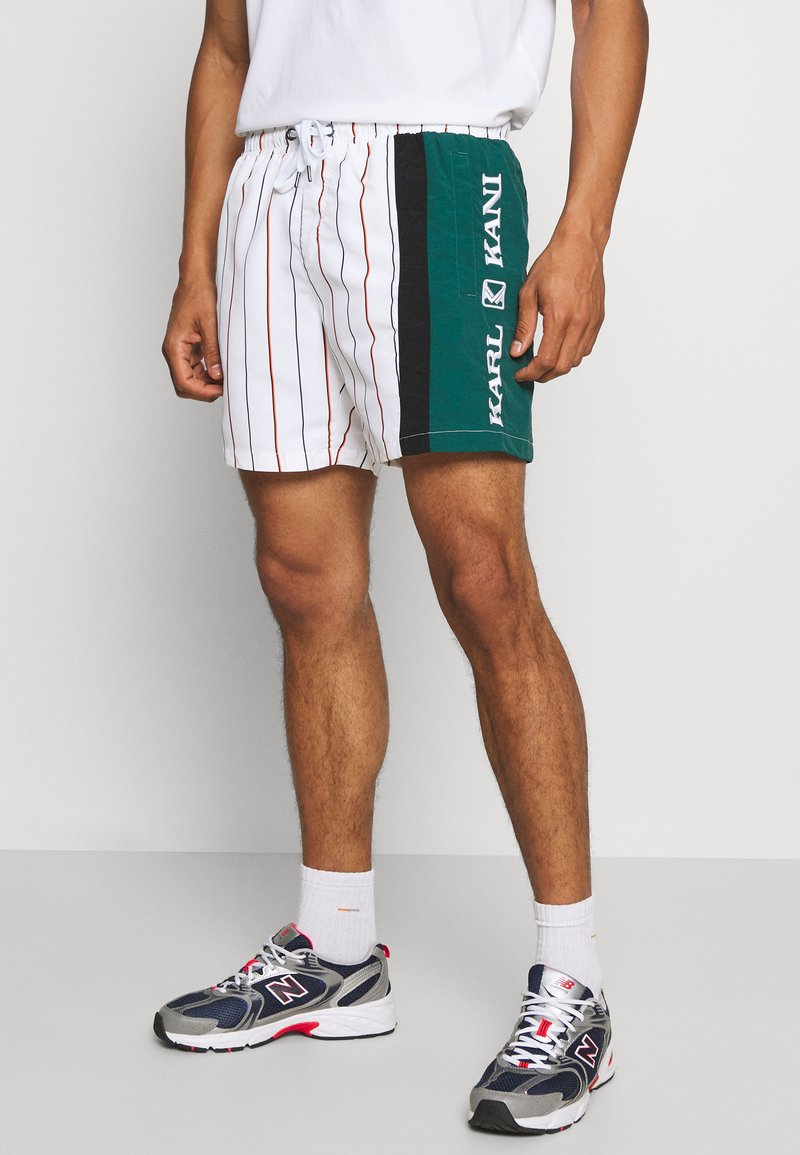 Karl Kani - RETRO BLOCK PINSTRIPE - Shorts - white