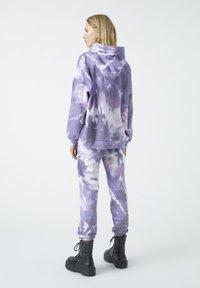 PULL&BEAR - Bluza z kapturem - purple - 2
