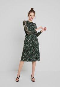 Louche - DANIE DECO - Maxi dress - green - 0