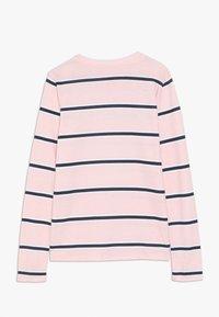 Abercrombie & Fitch - LOGO PATTERN CREW - Langærmede T-shirts - pink - 1