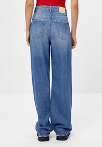 Bershka - Flared jeans - blue - 2