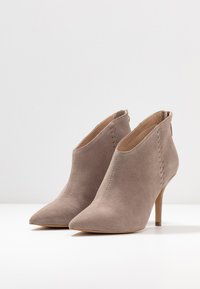 Zign - High heeled ankle boots - nude - 4