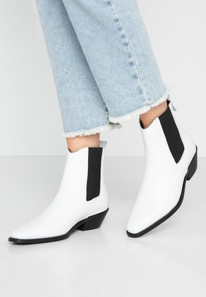 VMSTEPH BOOT - Cowboy/biker ankle boot - snow white