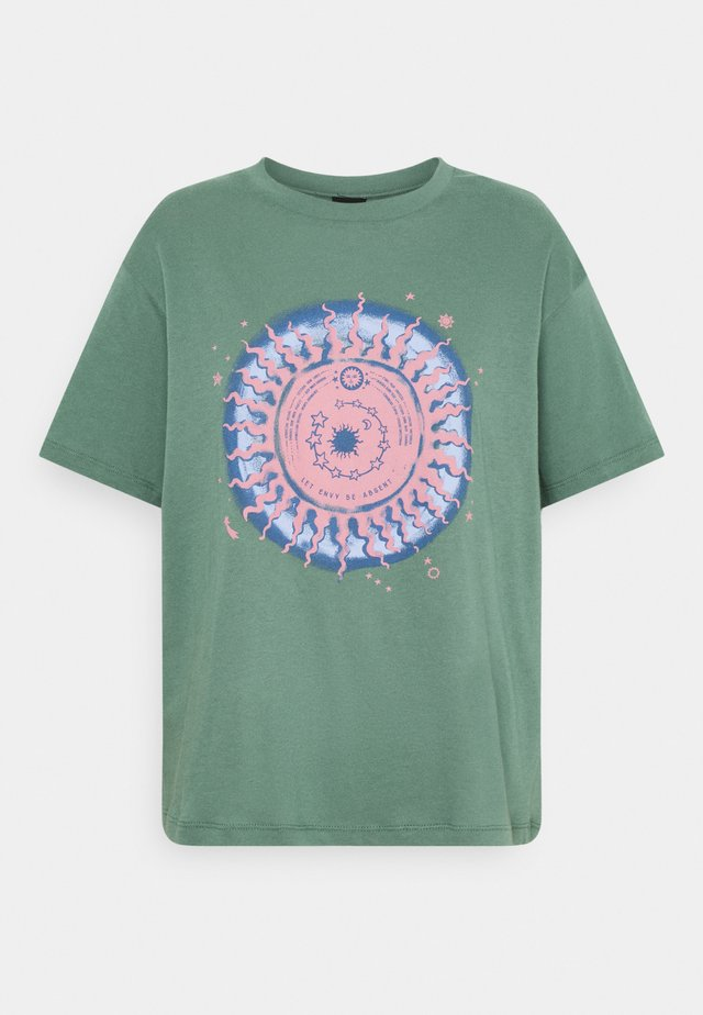 DREAMY TEE - T-shirt imprimé - green