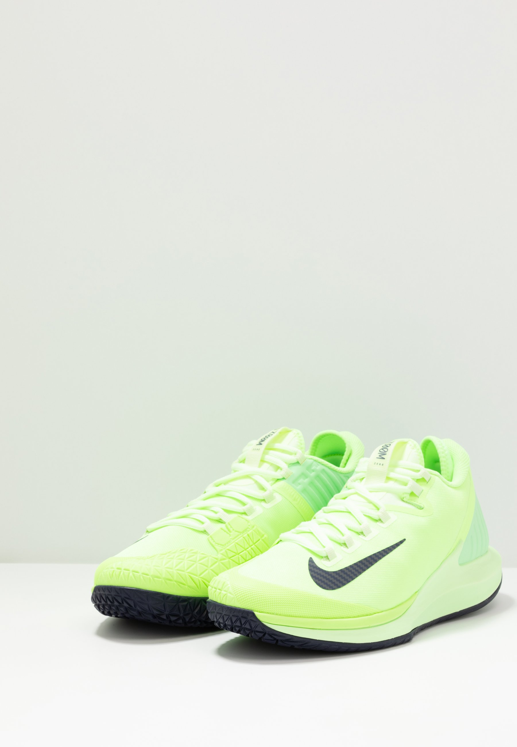 A basso costo Scarpe da uomo Nike Performance COURT AIR ZOOM Scarpe da tennis per tutte le superfici ghost green/blackened blue/barely volt