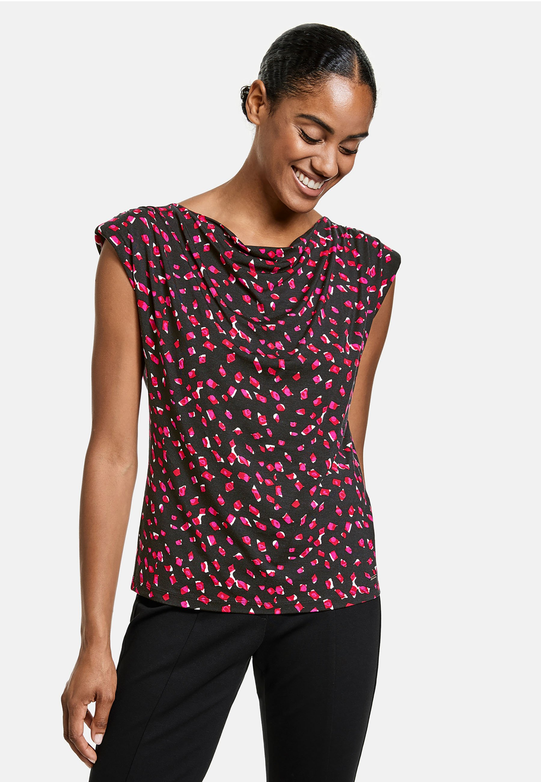 Mujer MIT WASSERFALLAUSSCHNITT - Camiseta estampada