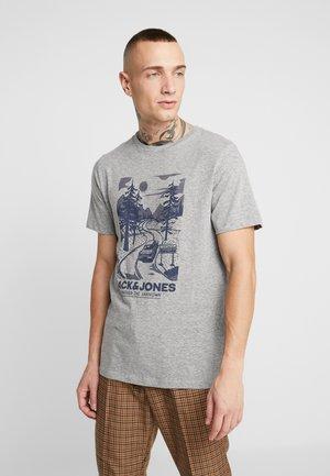JORBRANDON TEE CREW NECK - Printtipaita - light grey melange
