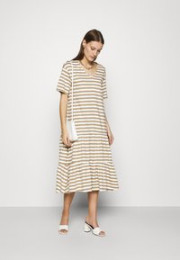 Selected Femme - SLFREED DRESS - Jersey dress - kelp - 1