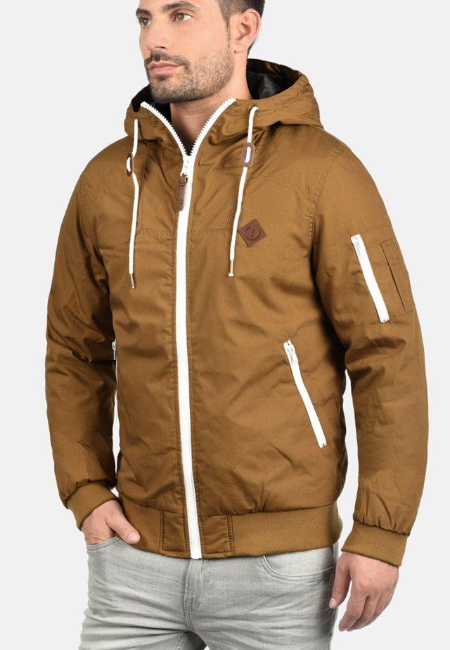 TILLY - Light jacket - cinnamon
