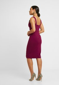 WAL G PETITE - SWEETHEARD NECKLINE SLIT DRESS - Juhlamekko - plum - 3