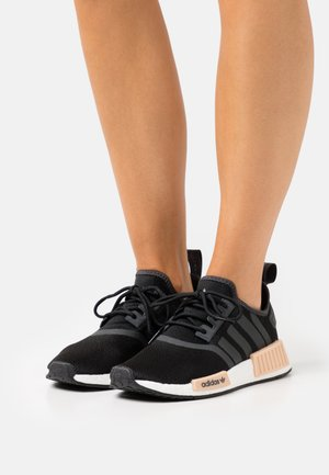 NMD_R1  - Trainers - core black/carbon/footwear white