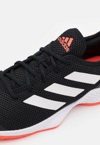 adidas Performance - COURT CONTROL - Tenisové boty na všechny povrchy - core black/footwear white/solar red - 5