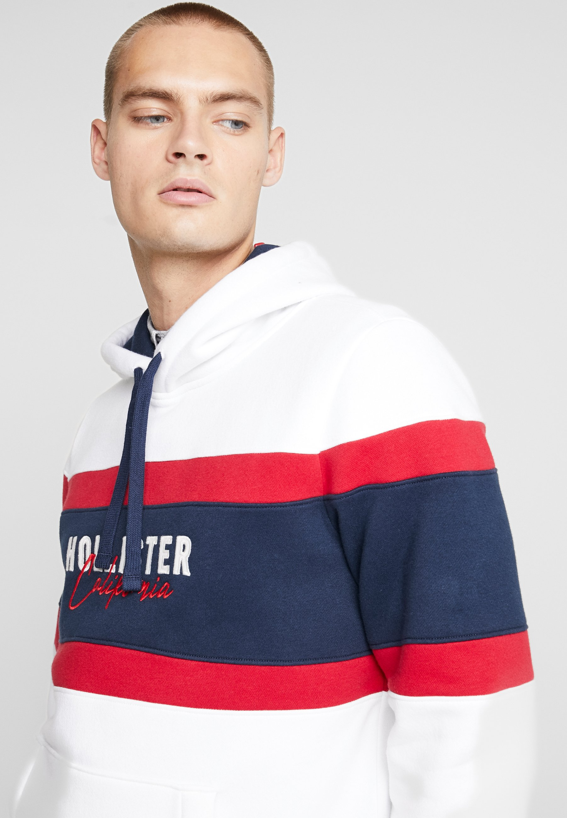 Hollister Co. ELEVATED TECH LOGO - Sweat à capuche - white