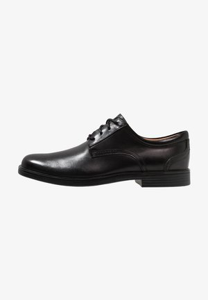 UN ALDRIC LACE - Derbies & Richelieus - black