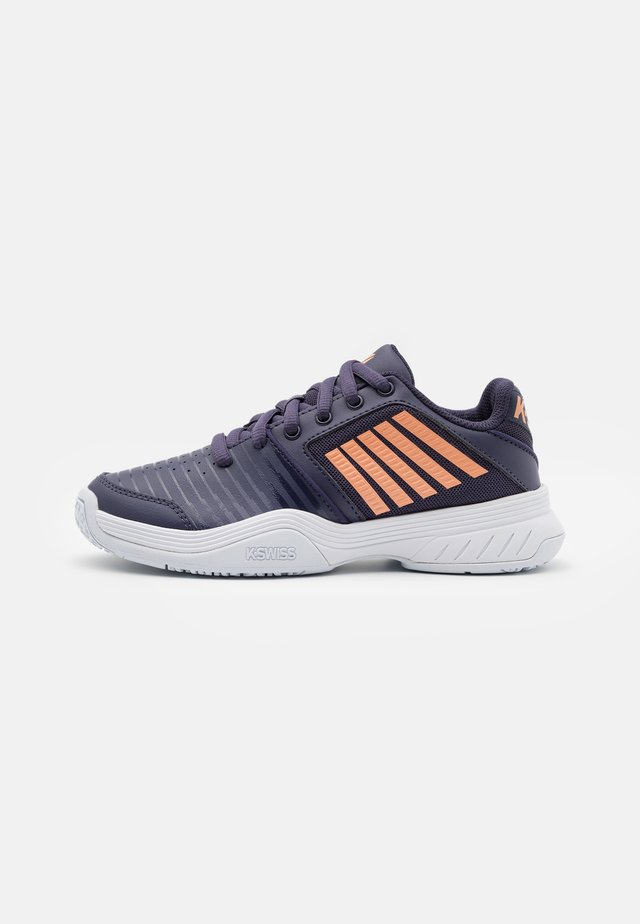COURT EXPRESS OMNI UNISEX - Multicourt tennis shoes - graystone/peach nectar/white