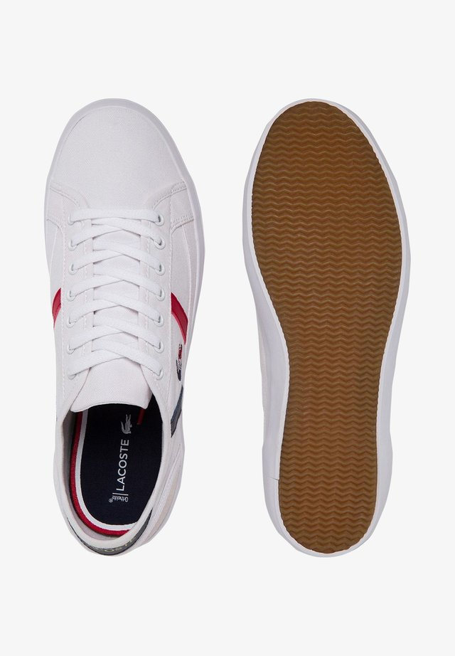 Sports shoes - wht/nvy/red