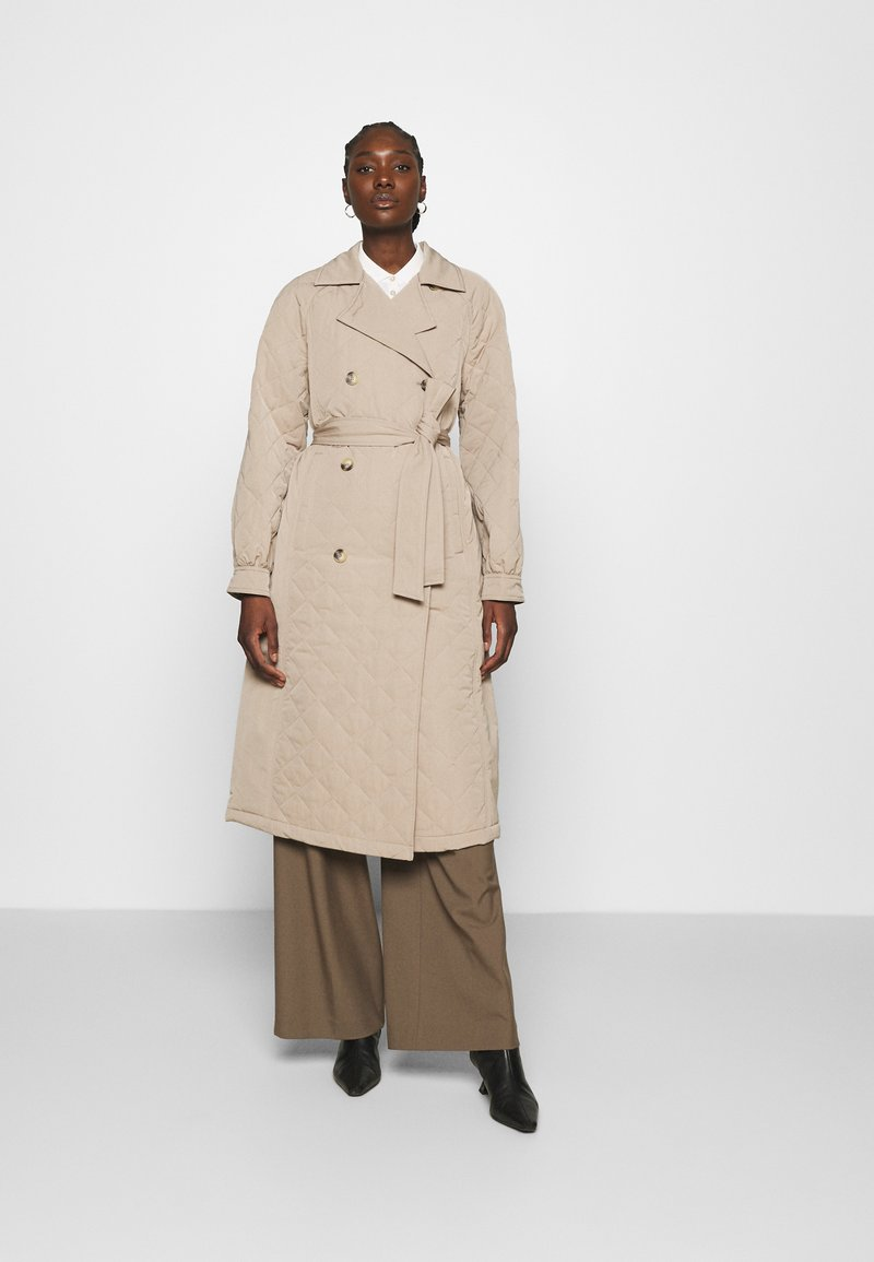 Selected Femme - SLFNINNA QUILTED  - Trenchcoat - silver mink