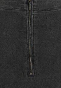 MAMALICIOUS - MLCOSBY DRESS - Denimové šaty - black denim - 5