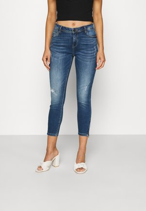 NMKIMMY DART - Jeans Skinny Fit - medium blue denim
