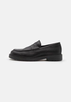 SLHTIM PENNY LOAFER CLEAN - Nazouvací boty - black