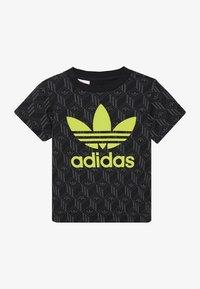 adidas Originals - TREF TEE - Print T-shirt - black - 2