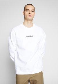Nike Sportswear - Collegepaita - white/black - 0