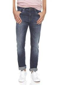 Atelier Gardeur - NEVIO - Straight leg jeans - marine - 0