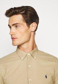 Polo Ralph Lauren - SLIM FIT OXFORD SHIRT - Shirt - surrey tan - 3