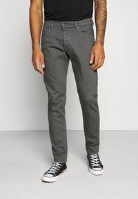 Diesel - D-YENNOX - Slim fit jeans - 009HA 90d - 0