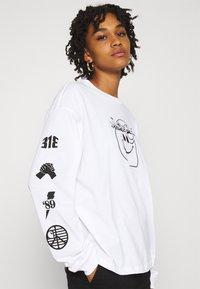Carhartt WIP - TAB - Long sleeved top - white/black - 3