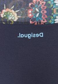 Desigual - VIENA - T-shirts med print - blue - 7