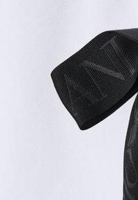 Emporio Armani - Sweatshirt - bianco ottico - 2