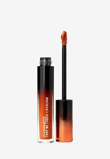 LOVE ME LIQUID LIPCOLOUR - Liquid lipstick - my lips are insured