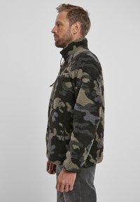 Brandit - Fleece jumper - darkcamo - 4