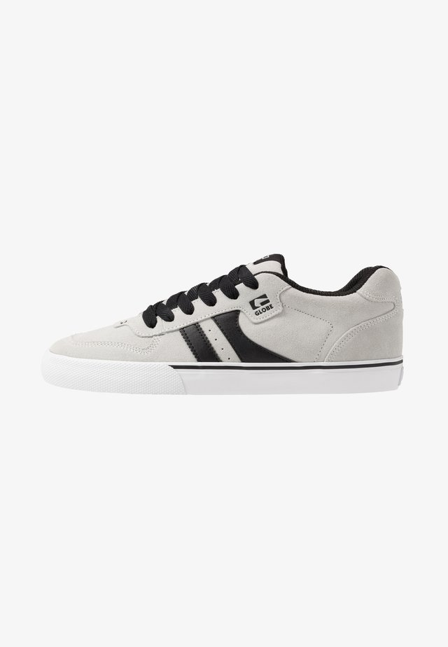 ENCORE-2 - Skate shoes - light grey