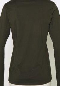 Bogner Fire + Ice - MARGO - T-shirt à manches longues - dark green - 5