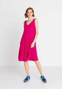 Ivko - Denní šaty - pink - 0
